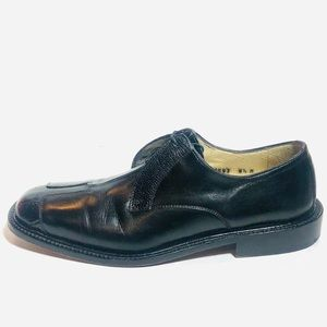 Belvedere Black Leather lace-up Oxfords. Sz 8.5M .